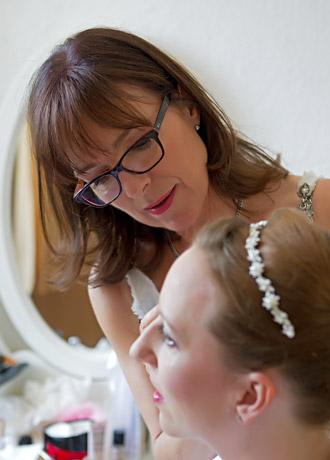 Visagistin in München: Make-up, Kinderschminken, Brautservice, Gesichtspflege bei Gabriele Lohse